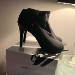 Nine West peep toe heels